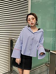 Version coréenne de la nouvelle chemise en jersey à rayures à manches longues et à manches longues, les étudiantes en bas de la tisseuse
