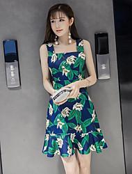 Сексуальный без бретелек цветочные юбки упряжь платье летом 2017 пастырской небольшой свежий хлопок платье печатных пляж
