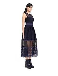 Европейская часть нового s * р Водное новое ажурные кружев шить жилет платья