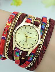 Женские Модные часы Часы-браслет Кварцевый Цветной Материал Группа Повседневная Черный Красный Бежевый Темно-синий Роуз