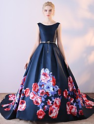Ball Gown Scoop Neck Court Train Satin Chiffon Formal Evening Dress with Pattern / Print