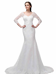 Trumpet / Mermaid Wedding Dress - Elegant & Luxurious Lacy Look Court Train V-neck Lace with Pearl