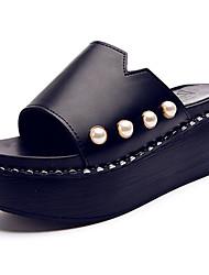 Damen Slippers & Flip-Flops PU Sommer Walking Perlenstickerei Flacher Absatz Weiß Schwarz 5 - 7 cm