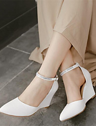 Damen Schuhe PU Frühling Komfort Sandalen Blockabsatz Keilabsatz Stöckelabsatz Mit Für Normal Weiß Purpur Hautfarben