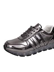 Damen Sneaker Leuchtende LED-Schuhe Herbst PU Normal Kleid Schnürsenkel Flacher Absatz Gold Weiß Schwarz Grau 2,5 - 4,5 cm