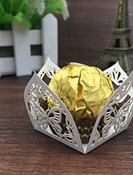 50ps Wedding Favors Party Decoration Kids Party Decor Laser cut Butterfly Candy Bar Chocolate Packaging Wedding Supplies Mariage.