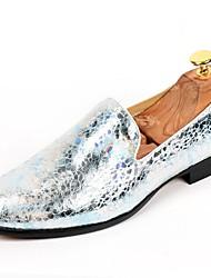 Для мужчин обувь Лакированная кожа Осень Зима Формальная обувь Мокасины и Свитер Назначение Повседневные Для вечеринки / ужина Золотой