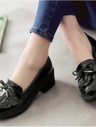 Для женщин Обувь Лакированная кожа Весна Удобная обувь Мокасины и Свитер С Назначение Повседневные Черный Бежевый Красный