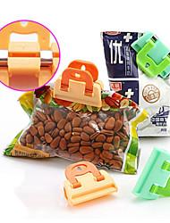 2PCS Plastic Strong Food Bag Clip Fresh Snack Food Storage Bag Closer Sealing Sealer Clip Kitchen Tool Reuseable Random Color