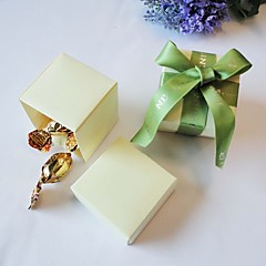 24 Piece/Set Favor Holder-Cubic Pearl Paper Favor Boxes Non-personalised