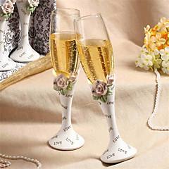 Eleganckie ślubne kieliszki toastowe w zdobione diamentami, motyw w róże