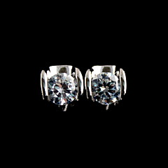 모조 다이아몬드는 여자의 귀걸이를 가진 우아한 합금
