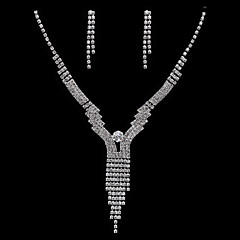 Jewelry Set Women's Anniversary / Wedding / Engagement / Gift / Party / Special Occasion Jewelry Sets Alloy / Rhinestone Rhinestone