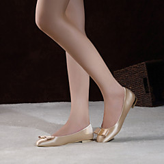 Women's Wedding Shoes Comfort / Round Toe / Closed Toe Flats Wedding / Party & Evening / Dress Red / Champagne