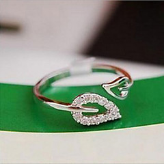 Diamond two leaves adjustable ring
