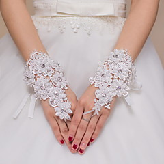 Wrist Length Fingerless Glove Lace Bridal Gloves / Party/ Evening Gloves Ivory Beading / Appliques / lace / Rhinestone