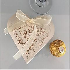 10 יחידה / סט מחזיק לטובת-בצורת לב נייר פנינה קופסאות קישוט ללא התאמה אישית