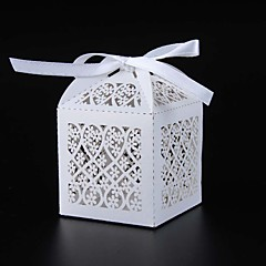 50pcs Laser Cut Gift Boxes flower Wedding Party Favor box candy box wedding box for wedding supplies event party supplies