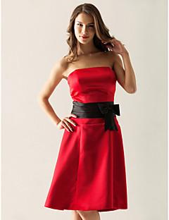 Lanting Bride® Knee-length Satin Bridesmaid Dress A-line / Princess Strapless Plus Size / Petite with Bow(s) / Sash / Ribbon