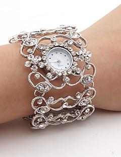 Dame Moteklokke Simulert Diamant Klokke Japansk Quartz Legering Band Glitrende Armring Sølv