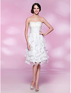 Cocktail Party/Graduation/Wedding Party Dress - White Plus Sizes A-line/Princess Strapless/Sweetheart Knee-length Lace/Chiffon