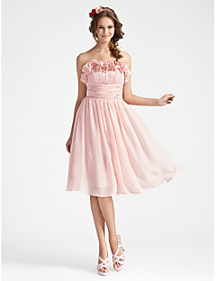 A-line Strapless Knee-length Chiffon Bridesmaid Dress With Flower