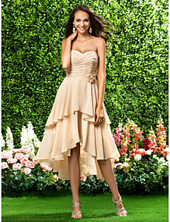 Homecoming Asymmetrical/Knee-length Chiffon Bridesmaid Dress - Champagne Plus Sizes A-line/Princess Sweetheart/Strapless