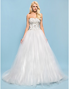Lanting Bride® Ball Gown Petite / Plus Sizes Wedding Dress - Chic & Modern / Elegant & Luxurious Sparkle & Shine Chapel Train Sweetheart