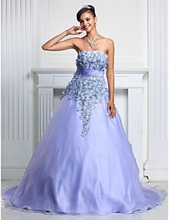 Prom/Formal Evening/Quinceanera/Sweet 16 Dress - Lavender Plus Sizes A-line/Ball Gown Strapless Court Train Organza