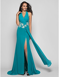 Prom / Formal Evening / Military Ball Dress - Plus Size / Petite Sheath/Column Halter Sweep/Brush Train Chiffon