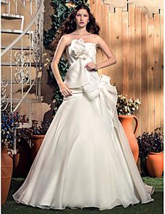 웨딩 드레스 - 아이보리(색상은 모니터에 따라 다를 수 있음) A 라인/프린세스 스위프/브러쉬 트레인 튜브탑 오르간자/태피터
