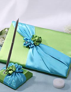 groene bruiloft gastenboek en pen set met groene en blauwe bloemen ondertekenen in boek