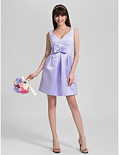 Knee-length Lace / Satin Bridesmaid Dress A-line V-neck Plus Size / Petite with Bow(s) / Crystal Detailing / Lace