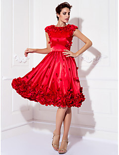 Homecoming Cocktail Party/Prom Dress - Ruby Plus Sizes A-line Jewel Knee-length Stretch Satin