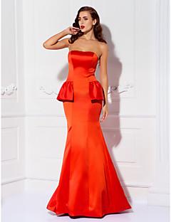 Formal Evening/Prom/Military Ball Dress - Ruby Trumpet/Mermaid Strapless Floor-length Satin