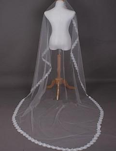 Elegant Lace Bride Wedding Veil