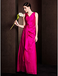 Lanting Bride® Floor-length Taffeta Bridesmaid Dress Sheath / Column V-neck Plus Size / Petite with Bow(s) / Criss Cross
