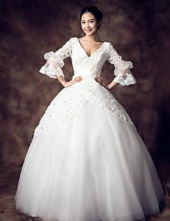 Ball Gown Wedding Dress - White Floor-length V-neck Lace