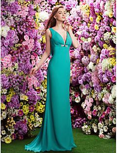 Sweep/Brush Train Chiffon Bridesmaid Dress - Jade Plus Sizes / Petite Sheath/Column V-neck