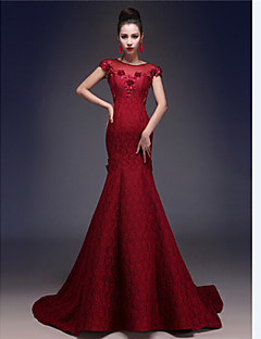 Formal Evening Dress - Burgundy Trumpet/Mermaid Jewel Court Train Lace