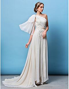 Lanting Bride® A-line / Princess Petite / Plus Sizes Wedding Dress Court Train One Shoulder Chiffon with