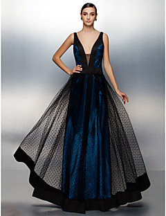 TS Couture® Formal Evening Dress - Ink Blue Plus Sizes / Petite A-line V-neck Floor-length Tulle