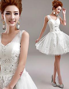 A-linje brudekjole liten hvit kjole kort / mini v-hals tulle med applikasjoner beading