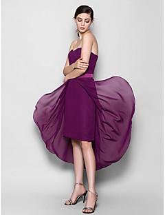 Lanting Bride® Asymmetrical Chiffon Bridesmaid Dress Sheath / Column Sweetheart Plus Size / Petite with Criss Cross