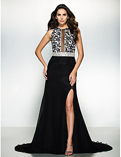 Formal Evening Dress - Black A-line Jewel Court Train Chiffon / Lace