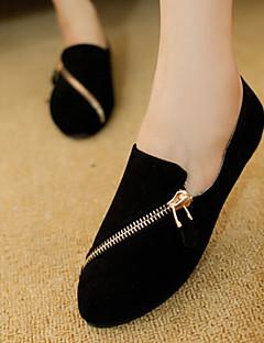 Pantofi pentru femei - Țesătură - Toc Plat - Confortabili / Vârf Rotund / Vârf Inchis - Mocasini - Outdoor / Casual - Negru / Maro