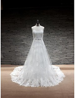A-line Wedding Dress-Chapel Train Sweetheart Lace / Satin / Tulle