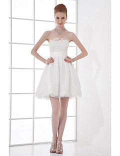Lanting Bride® Short / Mini Taffeta Bridesmaid Dress A-line Strapless with Beading / Bow(s) / Lace