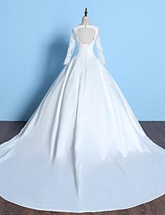 A-라인 웨딩 드레스 채플 트레인 V-넥 레이스 / 새틴 와 비즈