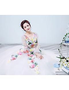 Princess Wedding Dress - White Floor-length V-neck Organza / Satin